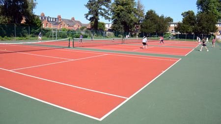 Excellent new playing surface. Access to the courts is now restricted by locks.